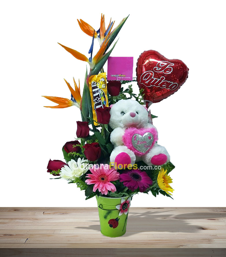 2c71f5abc6c77 Arreglo Especial flores a domicilio en cali dia de la madre